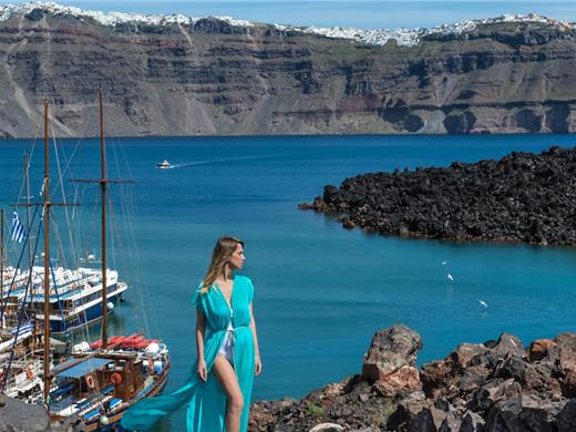 Santorini Volcano Boat Tour including Hot Springs & Therasia - Volcano Tours - Santorini View