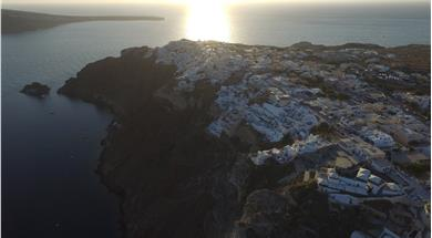 Sunset in Oia - Attractions - Santorini