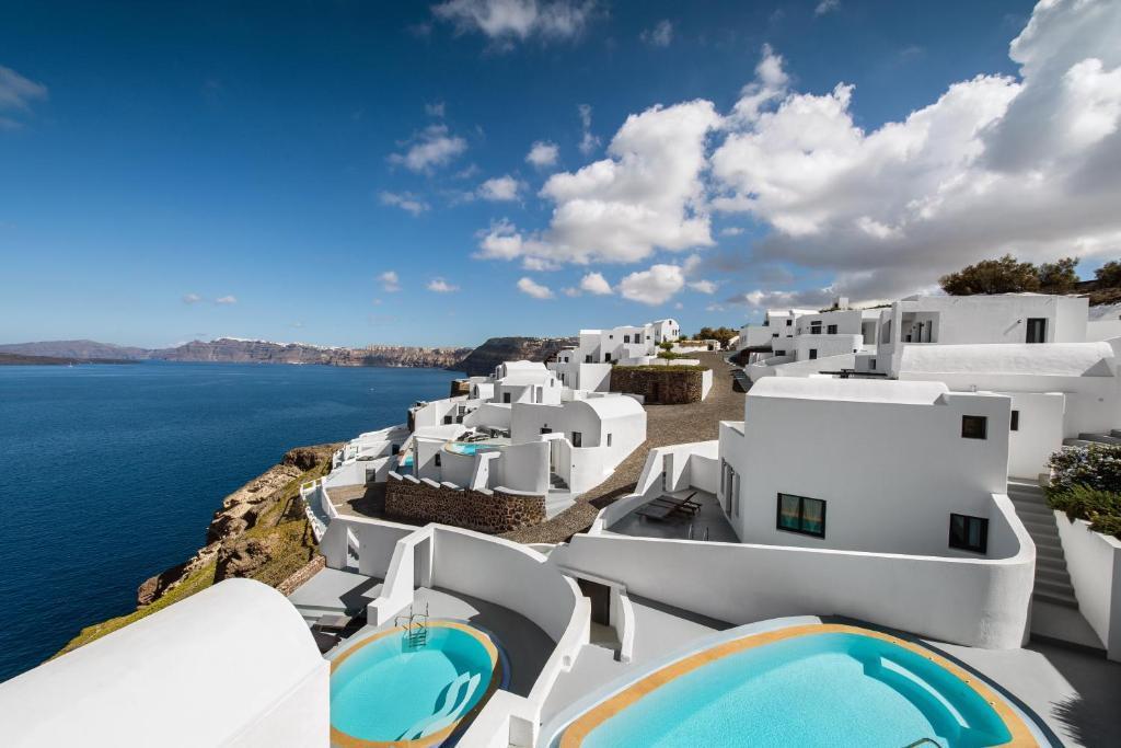 Ambassador Santorini Luxury Villas Amp Suites In Santorini