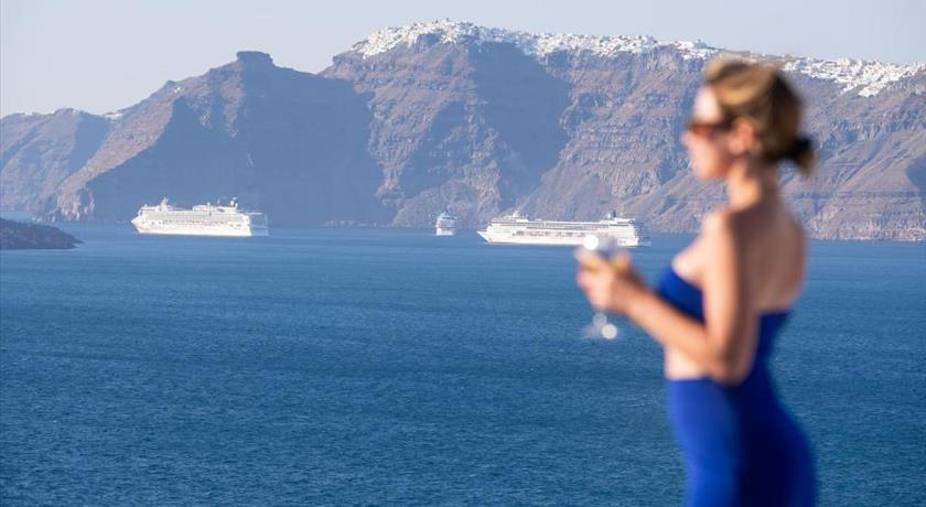 Avant Garde Suites, Hotel in Akrotiri, Greece - Santorini View