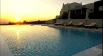 Black Rock, hotels in Akrotiri