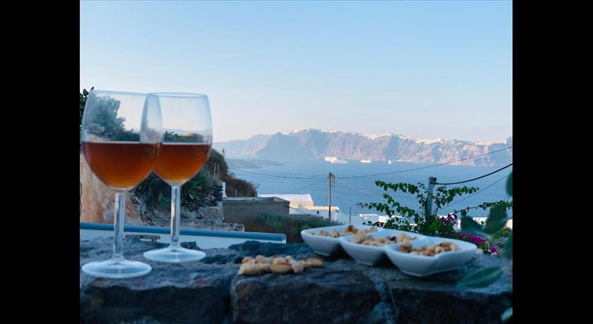 MARANN CAVE in Santorini - 2019 Prices,Photos,Ratings - Book Now