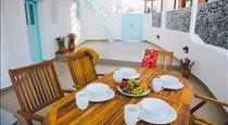 SANTOCAVES, hotels in Akrotiri