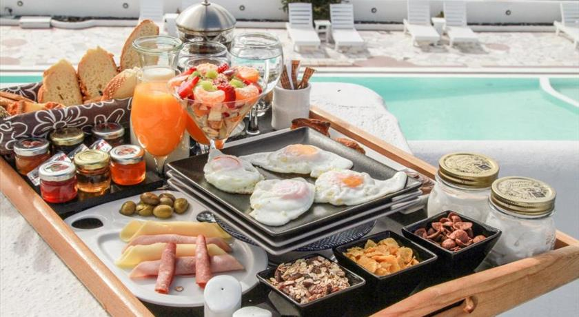 The Fisherman's House, Hotel in Akrotiri, Greece - Santorini View