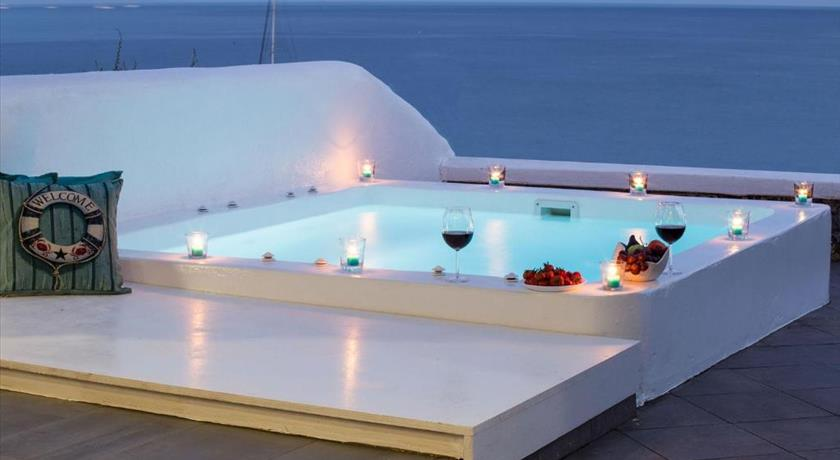 VILLA WILLIAM'S RED BEACH in Santorini - 2019 Prices,Photos,Ratings - Book Now