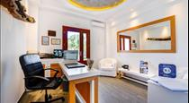 William's Houses, hotels in Akrotiri