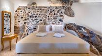 Canava Villas #1 in Santorini, hotels in Emporio