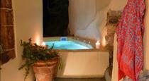 Barbarossa Suites, hotels in Emporio