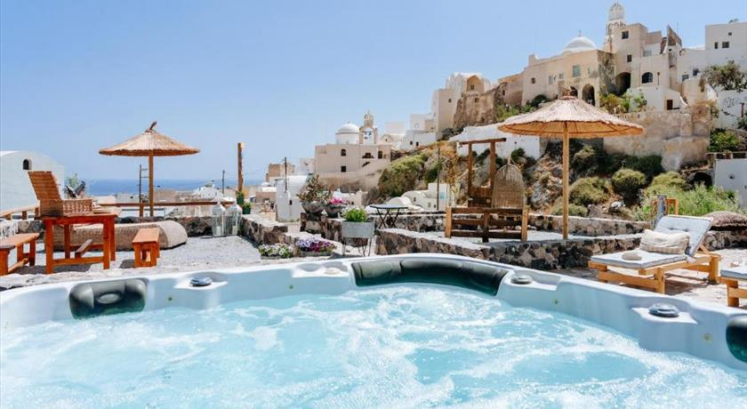 ROCK VILLAS - COMPLEX in Santorini - 2021 Prices,VIDEO,Ratings - Book Now