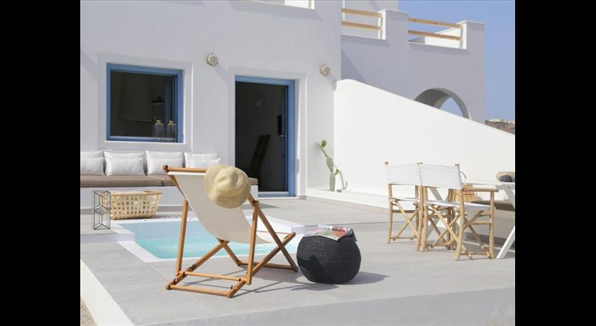 APARTMENT NYKTERI in Santorini - 2021 Prices,Photos,Ratings - Book Now