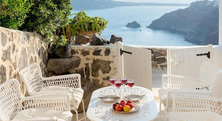 FOINIKIA VILLA SLEEPS 8 AIR CON WIFI in Santorini - 2019 Prices,Photos,Ratings - Book Now