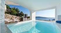 Foinikia Villa Sleeps 8 Air Con WiFi, hotels in Finikia