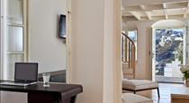 1809 Villa, hotels in Fira