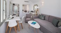 Altemar Suites, hotels in Fira