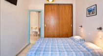 Anatoli Hotel, hotels in Fira
