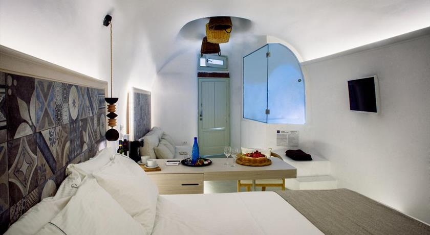 Antithesis Hotel Reviews & Deals, Santorini/Fira