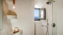 Aperto Suites, hotels in Fira