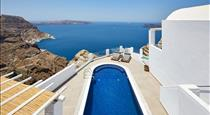 Celestia Grand, hotels in Fira