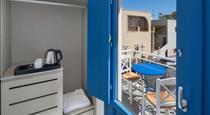City Break, hotels in Fira
