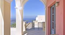 Fira Villa Sleeps 8 Air Con WiFi, hotels in Fira