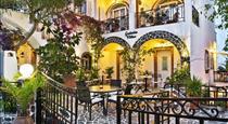 Galatia Villas, hotels in Fira