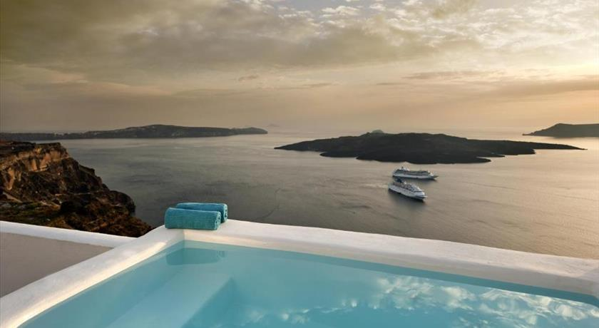 Kamares Apartments, Hotel in Fira, Greece - Santorini View
