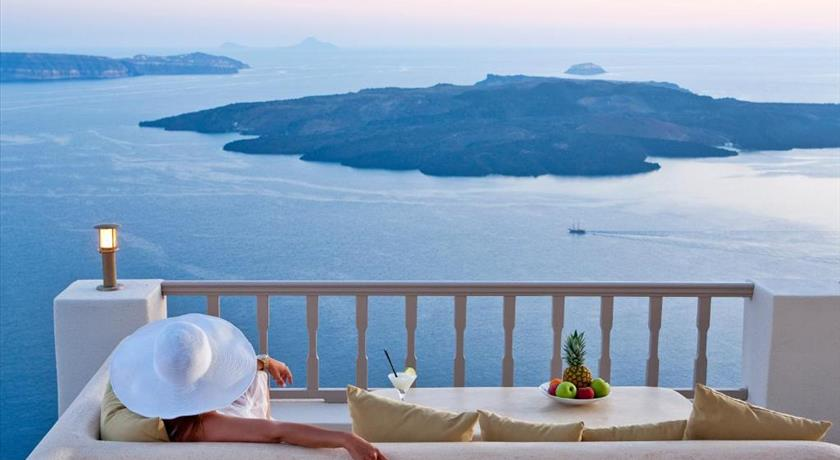 Lava Suites & Lounge, Hotels in Fira Caldera - Santorini View
