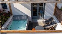 Lemon Suites Santorini, hotels in Fira