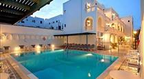 Lignos, hotels in Fira