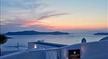 Limestone, hotels in Fira