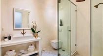 Mirinda Villa, hotels in Fira