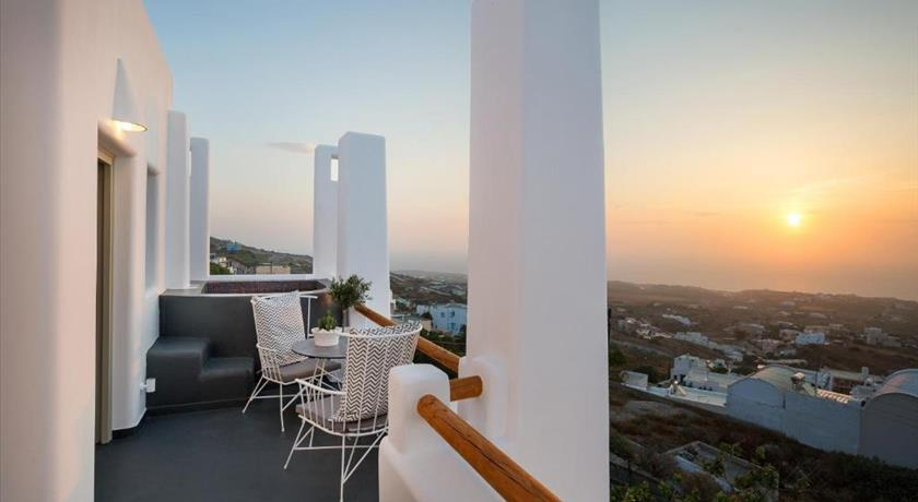 NECTARIOS VILLA - STUDIOS & SUITES in Santorini - 2019 Prices,Photos,Ratings - Book Now