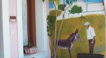 Nectarios Villa - Studios & Suites, hotels in Fira