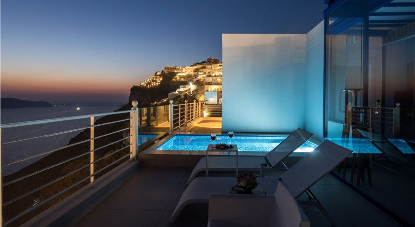 Nefeles Luxury Suites, Hotels in Fira Caldera - Santorini View