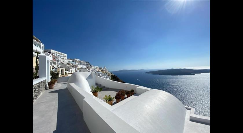 Panorama Studios & Suites, Hotels in Fira Caldera, Aerial Preview - Santorini View