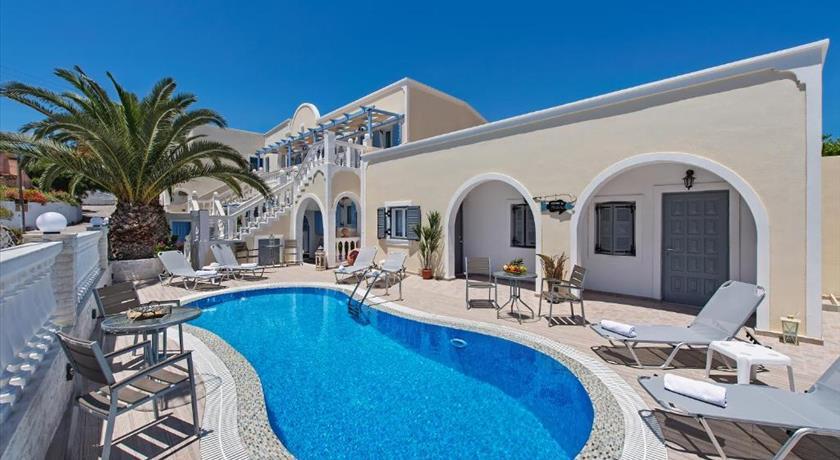 Phoenix Hotels In Fira