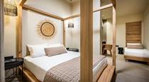 San Giorgio, hotels in Fira