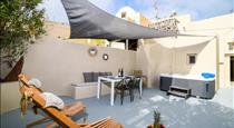 Suite Home Santorini, hotels in Fira