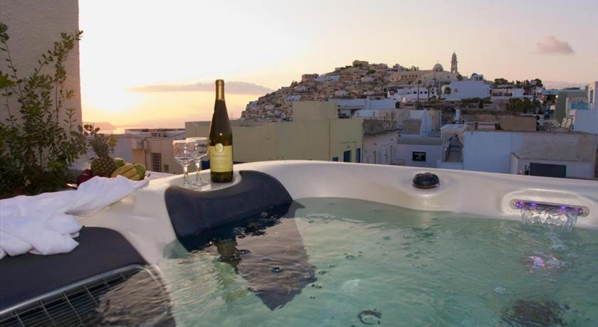 TATAKI HOTEL in Santorini - 2019 Prices,Photos,Ratings - Book Now