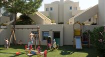 The Majestic Hotel, hotels in Fira