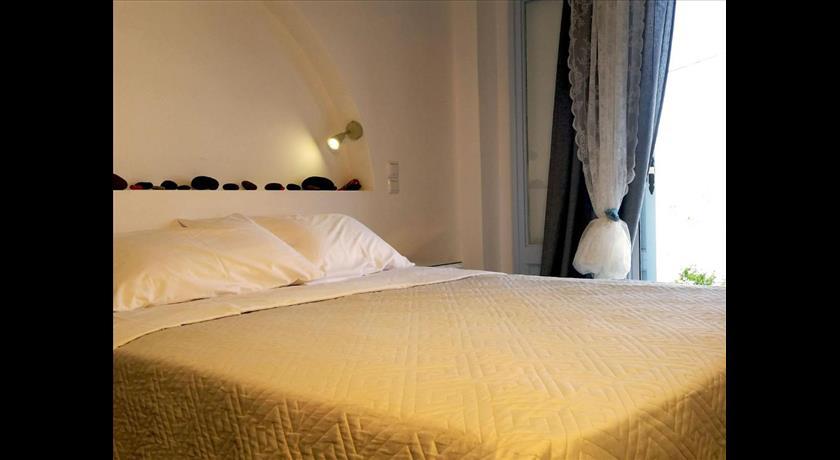 Theros Villa, Hotel in Fira, Greece - Santorini View