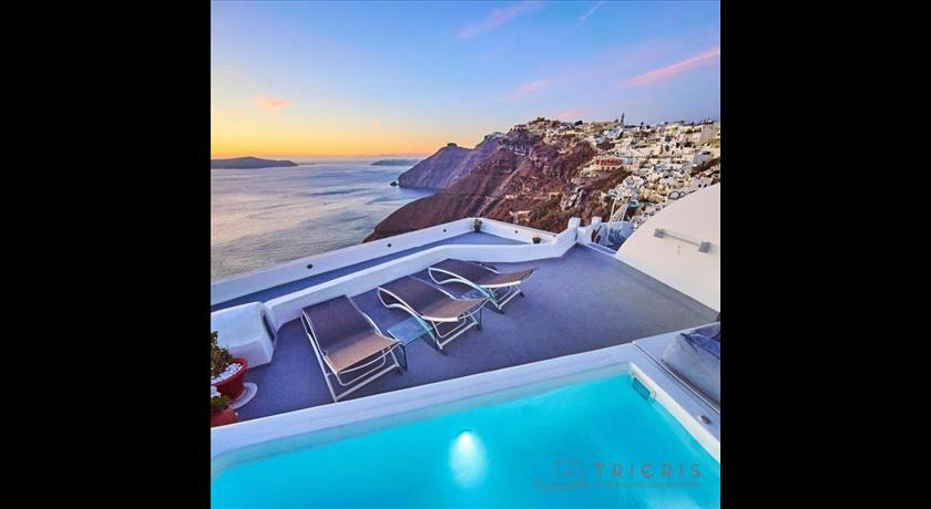 Trieris Villa & Suites, Hotel in Fira, Greece - Santorini View