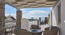 Villa Dakoronia, hotels in Fira