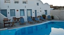 Villa Murano, hotels in Fira