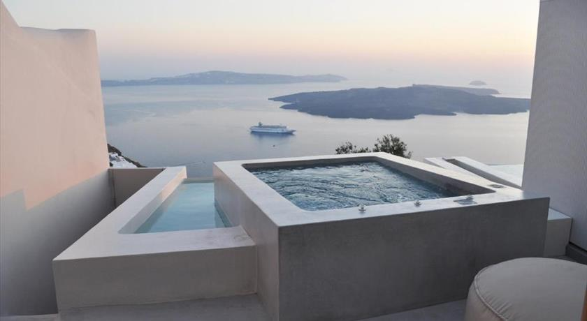 Aesthesis Boutique Villas, Hotel in Firostefani, Greece - Santorini View