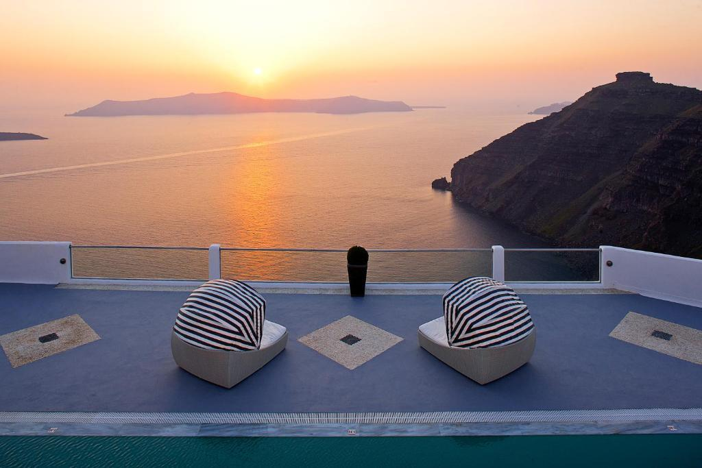 Belvedere Hotel In Firostefani Greece Santorini View