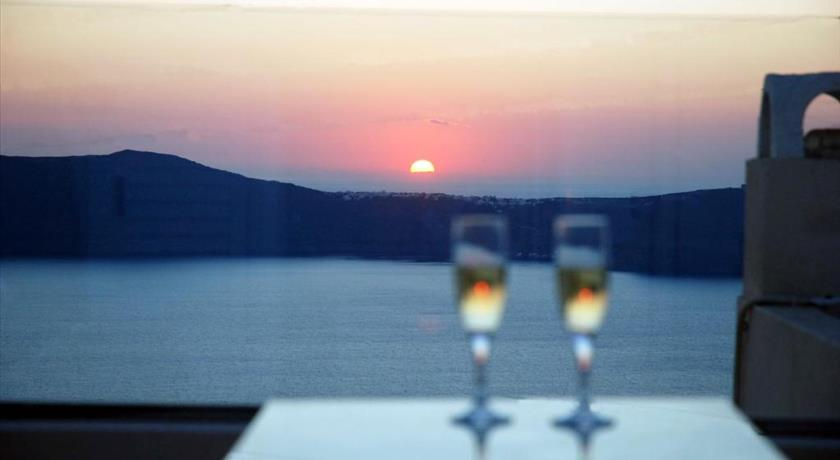 Photo of Reverie Santorini Hotel