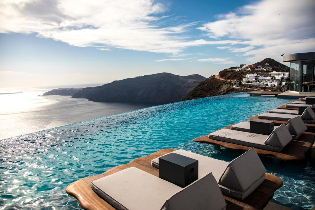 Cavo Tagoo Santorini Hotels In Imerovigli