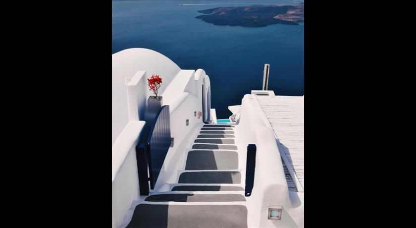 Chromata, Hotel in Imerovigli, Greece - Santorini View