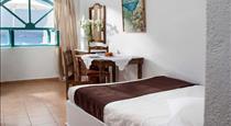 Gorgona Villas, hotels in Imerovigli